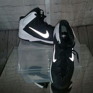 Nike Hyper Quickness Black Hightops NWOT 7Y